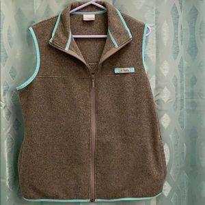 Columbia Women's size Large PFG vest, zip up nice